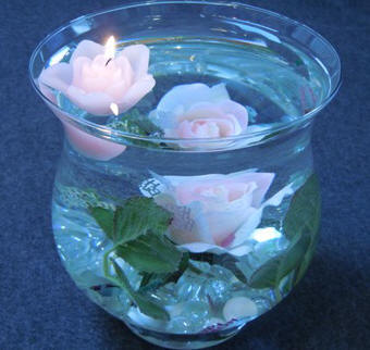 Centerpiece craft ideas - floating flower centerpiece