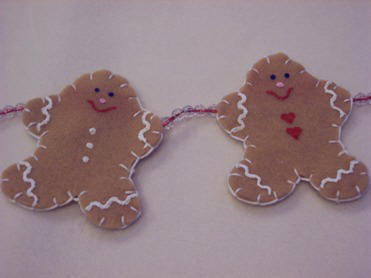 decorate your gingerbread men with hearts and dots