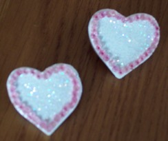 Valetine craft ideas; Heart Pin craft project