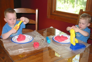 free play dough recipe provided by Craft Elf