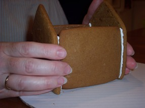 Free, easy baking and assembly instrucitons for Christmas Gingerbread Houses
