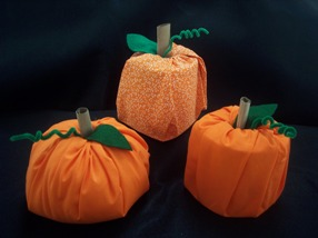 toilet paper pumpkin craft