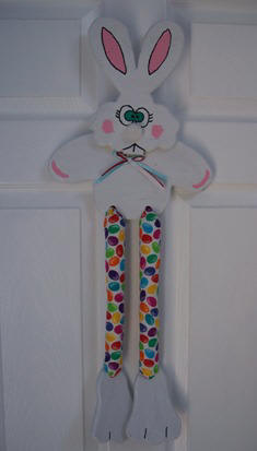 Craft an Easter Bunny Wall hanging from wood