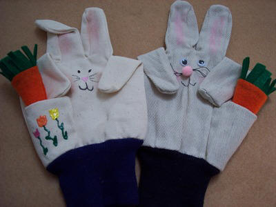 how to make bunny puppets form work gloves