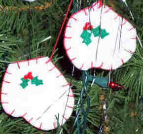 how to make felt mitten ornaments