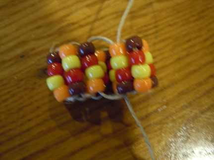 how to string pony beads