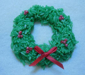 Christmas Craft Idea: Wreath Ornament made from Rice