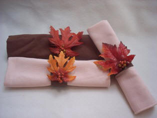 Thanksgiving napkin rings from craft foam for Diy fall napkin rings