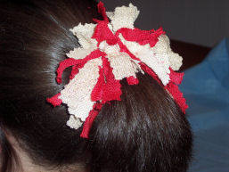 instructions to make a hair scrunchie from fabric with no sewing