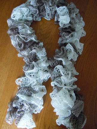5acdbb091e164 Frilly scarf crochet pattern from sashay yarn