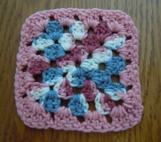 CROCHET EASY FREE GRANNY PATTERN SQUARE | Crochet Patterns