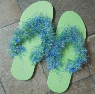 learn to crochet fun fur flip flops
