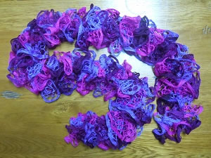 scarf with ruffles crochet patter