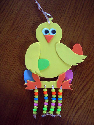 Easter kids craft - Easter chick window decoration