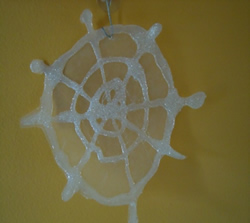 how to make a spider web from hot glue