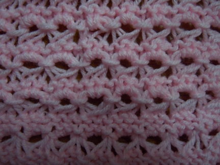 Knitting Stitches Description : Little crown knitting stitch; how to knit