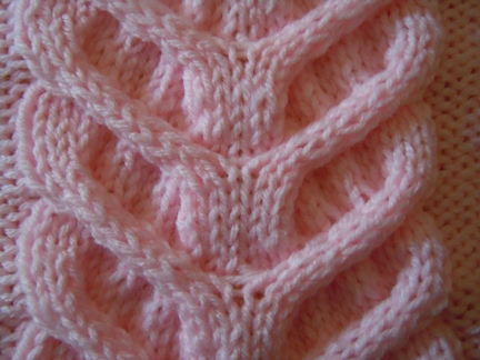 free knitting pattern ornamental cable