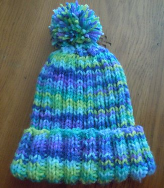 Rib knit hat knitting pattern, childs size