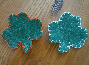 how to make a shamrock pin from felt and embroidery floss