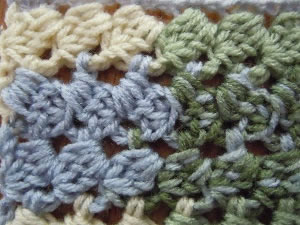 free crochet pattern; connected spirals