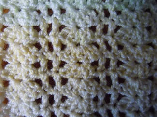 Demo:Shell Over Chain, Two-Color Reversible Crocheted
